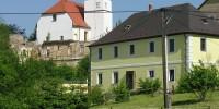 Haslau_Kirche_und_Burgruine